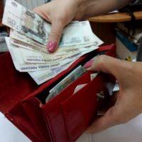 В Нижнем ищут мошенников, укравших у 90-летних бабушек 350 тысяч рублей