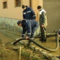 В Нижнем затопило Похвалинский съезд из-за прорыва трубы