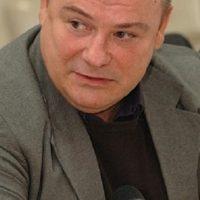 Кадровые шараханья из стороны в сторону в непростой экономической обстановке никому не нужны, — Сергей Анисимов
