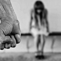 Жительница Сарова осуждена за жестокое обращение с детьми