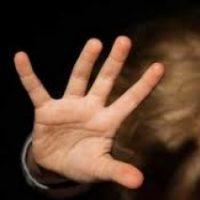 В Нижнем Новгороде мужчина пытался изнасиловать школьницу в парке
