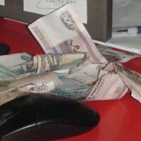 Двух сотрудников «ТНС Энерго НН» подозревают в выводе денег за рубеж