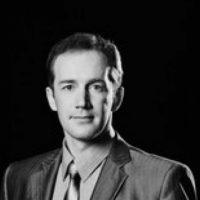 В Арзамасе погиб актер Дмитрий Каленов, сорвавшись с крыши дома