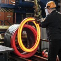 Никитин поставил задачу увеличить производительность на 200 предприятиях