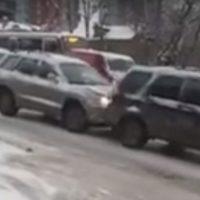 Очевидец выложил видео массового ДТП в Нижнем Новгороде